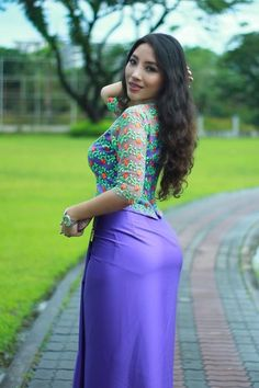 Beautiful Girl Image, Beautiful Asian Women, Burmese Girls, Myanmar Women, Beauty Full Girl, Sexy Asian Girls, Asian Fashion, Asian Woman, Asian Beauty
