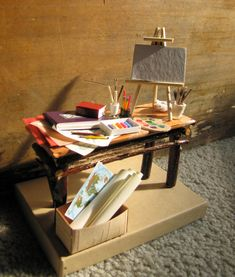 Miniature artists table