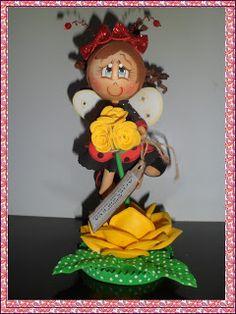ARTE COM AMOR BY EDILENE: FOFUCHA JOANINHA NA FLOR.