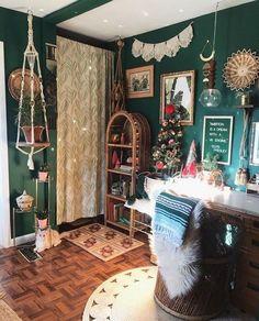 Hippy Room, Aesthetic Room Decor, Home Decor Inspiration, Decor Ideas, Bohemian Decor, Bohemian Homes, Hippie Apartment Decor, Hippie Home Decor, Modern Bohemian