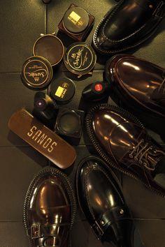 #sonshinbal#handmadeshoes#shoes#madeinkorea#instashoes#menshoes#sonshinbalfactory#sonshinbalshop#fashion#handmade#mensshoes#손신발#손신발가게#수제화#남성수제화#남자수제화#남자구두#핸드메이드#신발공장#신발도매#shoefactory#손신발팩토리#ootd#footware#wholesale