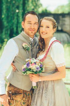Hochzeitsdirndl Plossnig3