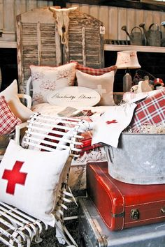 """SeaBold Vintage Market"" . . . at Barn House 2011 . . ."