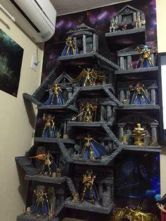 Saint Seiya Lost Canvas, Alone Hades Anime Figures, Action Figures, Cameleon Art, Manga Anime, Anime Art, Toy Display, Geek Games, Anime Toys, Game Room Decor