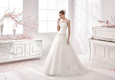Moda sposa 2016 - Collezione AURORA.  AUAB16965. Abito da sposa Nicole.