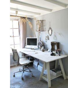 Lisa Madigan's home office via the design files