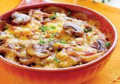 Una dintre cele mai populare rețete franțuzești. Puteți să o serviți fie de sine stătător, fie ca și garnitură pentru diferite cărnuri. Potato Dishes, Potato Recipes, New Recipes, Cooking Recipes, Healthy Recipes, Mushroom Recipes, Vegetable Recipes, Meals Without Meat, Good Food