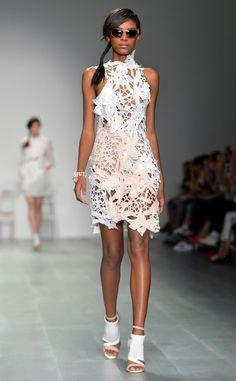 Bora Aksu: Best Looks From London Fashion Week Spring 2015