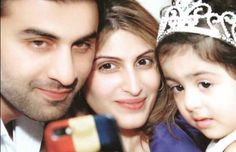 Ranbir Kapoor selfie : Ranbir with his sister and niece popular on Twitter   The Narration For more information visit #thenarration(http://thenarration.com)