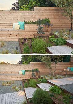 12 ideias para Incluindo Built-In plantadores de madeira no seu espaço exterior // O quintal totalmente ajardinado tem plantadores de madeira incorporados ao assento do banco embutido.