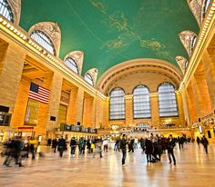 Go on a free Grand Central Walking Tour. #NYC http://www.nyhabitat.com/blog/2013/10/14/top-10-free-things-see-do-new-york/