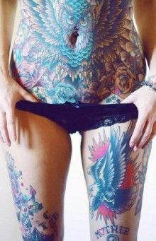 The woman at the whole body tattooed