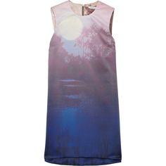 Victoria, Victoria Beckham Printed satin shift dress (285.900 CLP) ❤ liked on Polyvore featuring dresses, vestidos, tops, shirts, lavender, light purple dress, purple dress, shift dress, zipper dress and purple high low dress