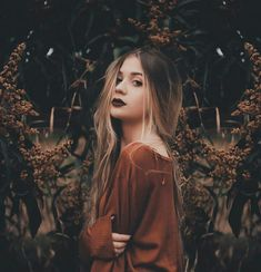 Flowers girl photography smile 67 ideas for 2019 Model Poses Photography, Tumblr Photography, Autumn Photography, Photography Women, Creative Photography, Umbrella Photography, Pinterest Photography, Photography Competitions, Photography Challenge