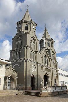 Colombia - Parroquia de Mogotes, Santander.