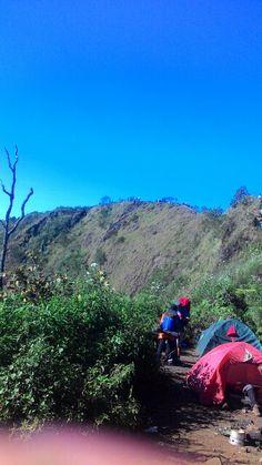 Gunung puntang  Puncak mega