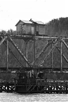 House on a Bridge