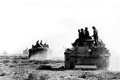 World War II. Front of North Africa. German Panzer III tanks near Derna (Libya), February 1942. Pin by Paolo Marzioli