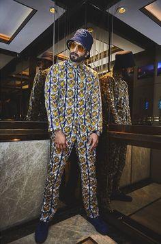Ranveer Singh  #FASHION #STYLE #SEXY #BOLLYWOOD #INDIA #RanveerSingh Ranveer Singh Beard, Funky Outfits, African Men, Men Looks, Riding Helmets, Bollywood, Punk, India, Mens Fashion