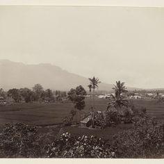 Gezicht op Fort de Kock op Sumatra, anonymous, c. 1860 - c. 1900 - Rijksmuseum