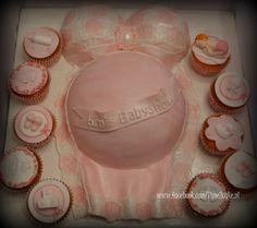 Zwangerschapsbuik taart, Babyshower Babyshower, Baby Shower, Baby Showers, Baby Bird Shower
