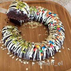 Köfteli Yelpaze Patates Tarifi - Güncel Tarif Pie Recipes, Doughnut, Cake, Desserts, Food, Tailgate Desserts, Deserts, Mudpie, Meals