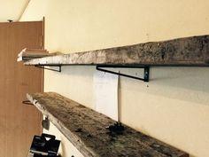 古い足場板に合うレトロな鉄の棚受け | scrap (熔接工房)