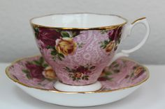 I have one like this in my teacup collection (Royal Albert - Old Country Roses Dusky Pink Lace)