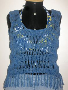 Luz Weber: Blusa azul - saída de praia