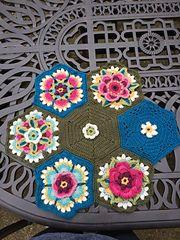 Ravelry: ostreger's Lily pond flowers  - Frida's Flowers Blanket CAL 2016 ... Variation ...