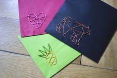 Vyšívaná obálka Paper Crafts, Diy Crafts, Sewing, Floral, Projects, Log Projects, Dressmaking, Blue Prints, Tissue Paper Crafts