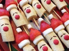 24 Cute & Healthy Christmas Snacks for Kids 10 Healthy Christmas Snacks that are perfect for your child's school party, or any festive occasion this holiday season. No sugar in these healthy Christmas snacks your little ones will love.