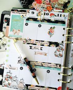 Gorgeous floral #planner layout.
