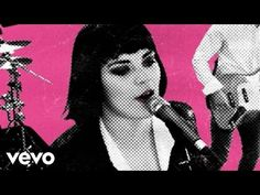 Ida Maria - I Like You So Much Better When You`re Naked - YouTube