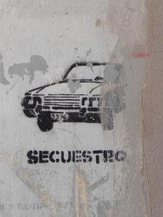 Grafite alusivo às prisões ilegais durante a ditadura. Museo de Sitio y Archivo Provincial de la Memória, Córdoba.