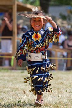 Tiny tots - Jingle dress dancer - Kahnawake Powwow #PowWow #Native Beautiful Culture!