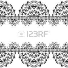 Nahtlose Muster mehndi indischen Grenzen mit gespiegelten Blumen und geometrischen Elementen für Tattoo. Vektor-Illustration isoliert auf weißem Hintergrund photo