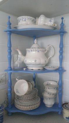 Royal Albert memory lane: Years ago my parents got me a tea service in this pattern. I LOVE IT!!!