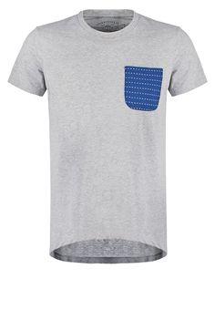 So setzt du lässig einen drauf! Jack & Jones JORSEVEN SLIM FIT - T-Shirt print - light grey melange für 17,95 € (10.07.16) versandkostenfrei bei Zalando bestellen.