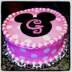 Gianna's Minnie Mouse birthday cake