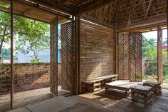 Home Design Unique Living Spce Used Bamboo Furniture Under Minimalist Shaped To Your House Bamboo House in Traditional Design Architecture Design, Bamboo Architecture, Tropical Architecture, Vernacular Architecture, Architecture Awards, Bamboo Building, Building A House, Bamboo House Design, Bamboo Structure