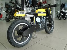 Yamaha Kids Cafe Racer Balance Bike Photo Gallery