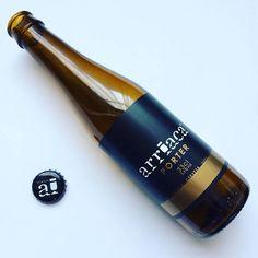 La Cerveza del Viernes: Porter de @CervezasArriaca. La sobremesa hecha cerveza ideal para acompañar el postre. Premiada con hasta cuatro medallas en festivales internacionales de 2015 a 2016.