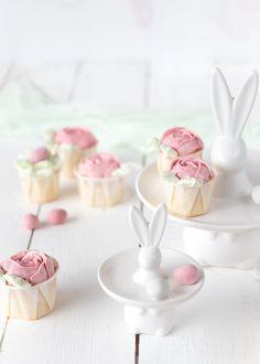 Emma's Lieblingsstücke  Oster-Cupcakes mit Mango undEierlikör