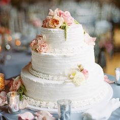 White Wedding Cake so pretty