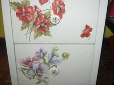1000 images about decoupage on pinterest youtube lotus - Decoupage su mobili in legno ...