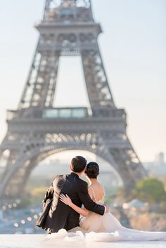 Jenifer and Victor's Pre Wedding in Paris </br>by The Paris Photographer