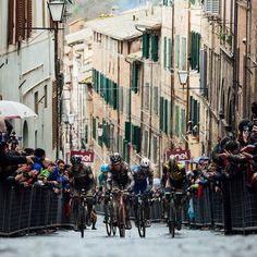 Strade Bianche 2018 credit Jered & Ashley Gruber