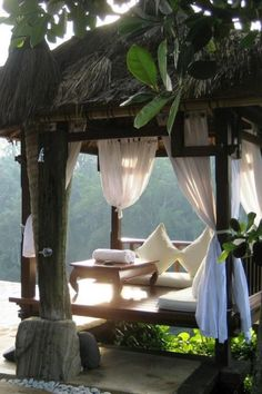 Bali style bed, I want on my porch by a pool
