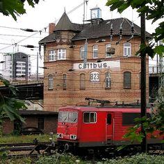 Beautiful interlocking of the railway bridge in Cottbus, Germany | by Bernd Kauschmann